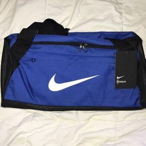 Nike Brasília 20 H x 10 W x 11 H 40L size S bag